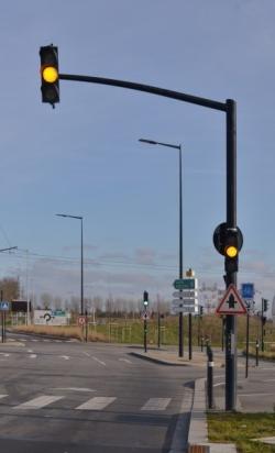 Potence  de signalisation SLT SAL SYG 65-7, Potence de signalisation lumineuse tricolore (SLT)